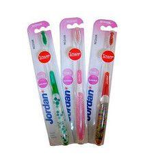 Зубна щітка дизайнерська Jordan Individual Reach - Фото
