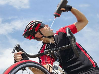 Изотоник для спортсменов и не только. Все что нужно знать о напитке