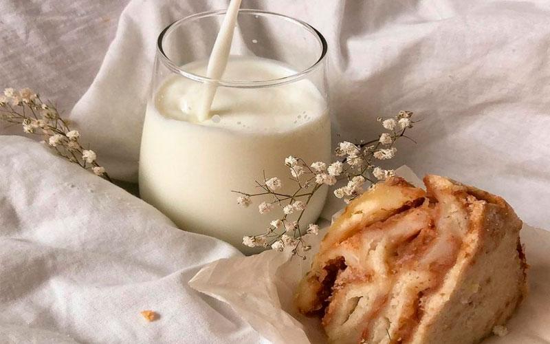 Скільки молока в день безпечно для людини